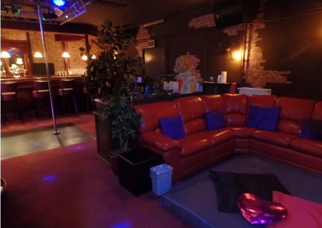Lounge met orgiematras