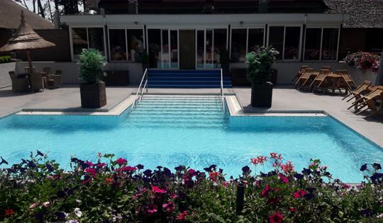 Zwembad Parenclub Mystique